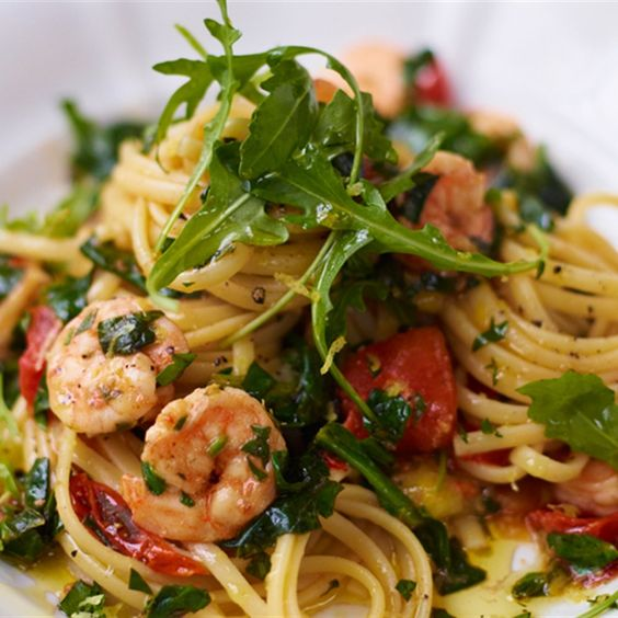 Sizzling Hot Prawns with Spinach Linguine