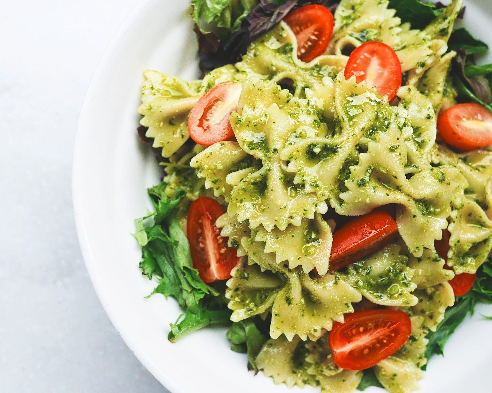 Pesto Pasta Salad with Cherry Tomatoes and Spinach