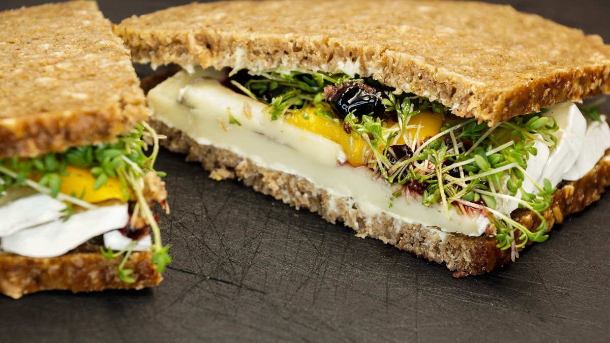 California Veggie Sandwich with Microgreens